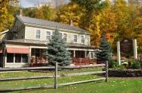 Stowe-Foliage-Waybury-Inn-Tour-Lodging-Thumb