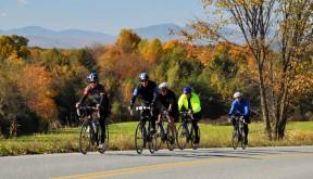 Vermont-bike-tours-lake-champlain-hollow-group-1400x630