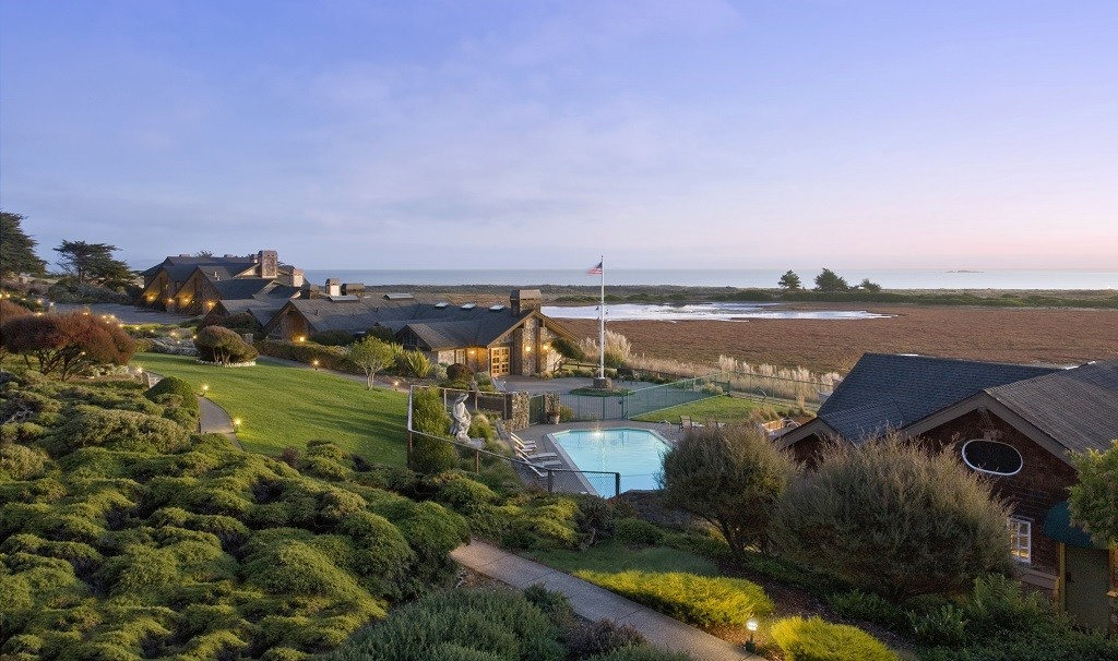 Bodega Bay Lodge on the Pacific coast, luxurious stop on Sojourn Sonoma wine country bike tour