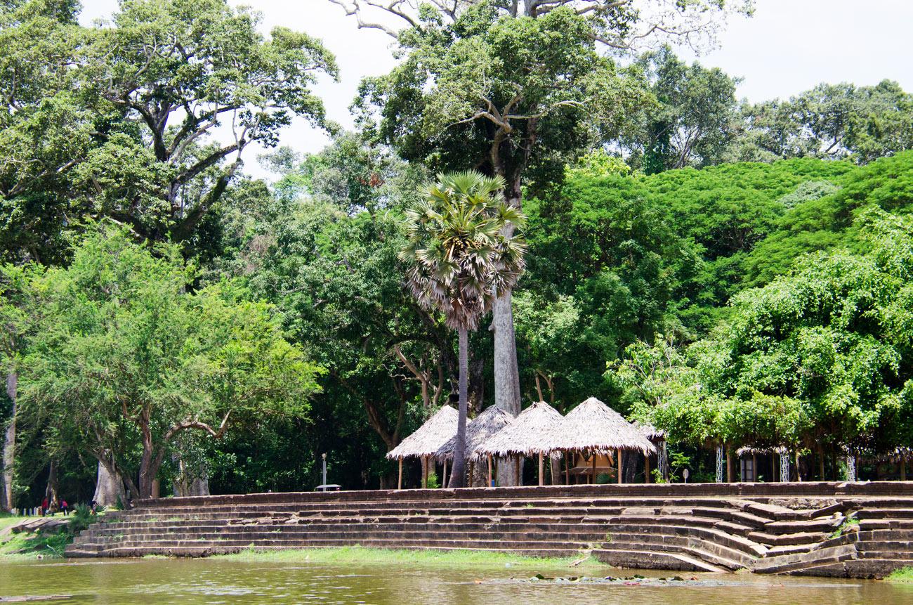 Vietnam and Cambodia's Angkor Ruins Bike Tour