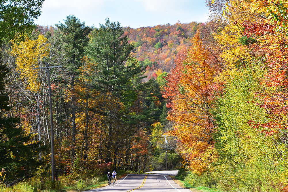Vermont Fall Foliage Bike Tours Lake Champlain Valley